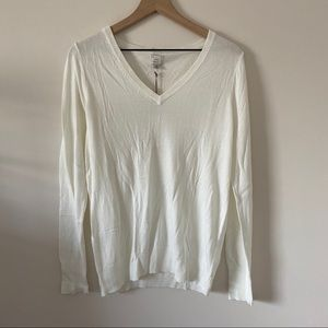NWT A New Day White V-Neck Sweater